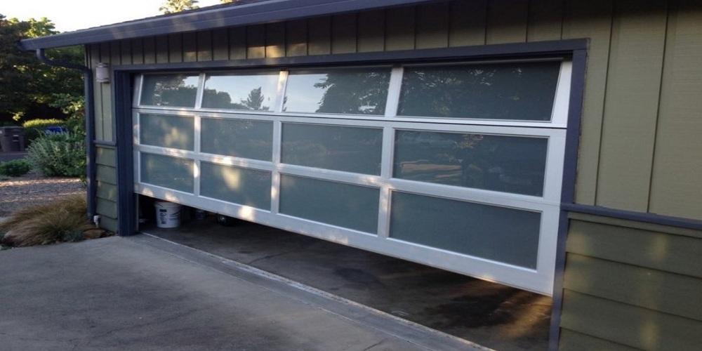 garage door repair services in La Canada Flintridge
