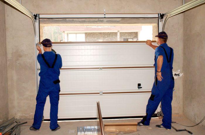 Tips for Finding the Best Garage Door Contractor in Colorado